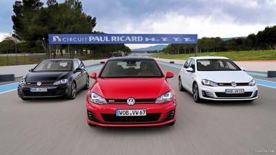 Volkswagen-Golf_GTI_VII_mp53_pic_108907.jpg